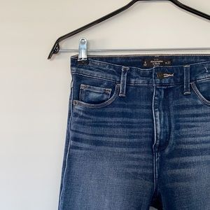 Abercrombie High Waisted Jeans